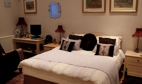 Coothie Bedroom